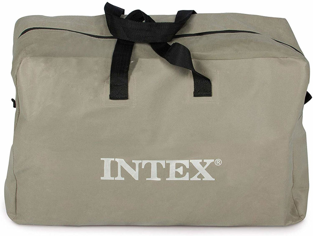 The carry bag included by Intex.